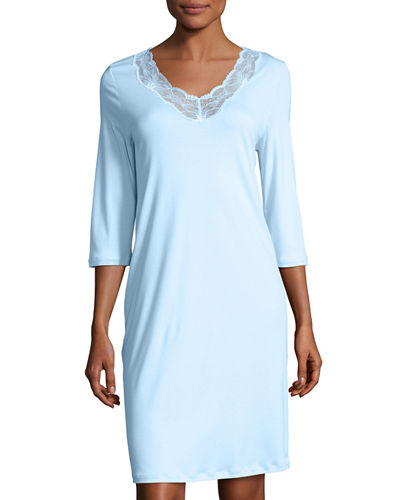 Valencia 3/4-Sleeve Basic Gown