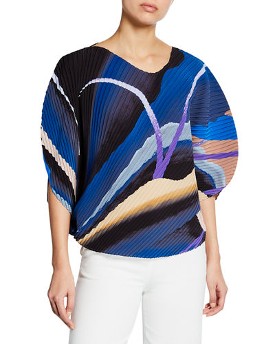 Bloom Pleated 3/4-Sleeve Top