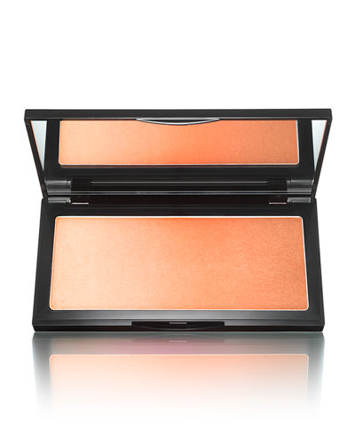 The Neo-Bronzer<br><b>2017 Glamour Award Winner</b>