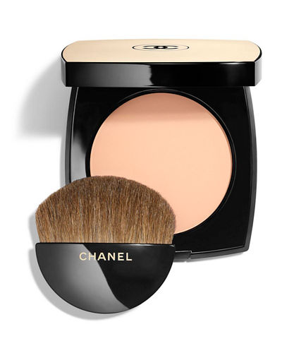 <b>LES BEIGES<br></b>HEALTHY GLOW SHEER POWDER