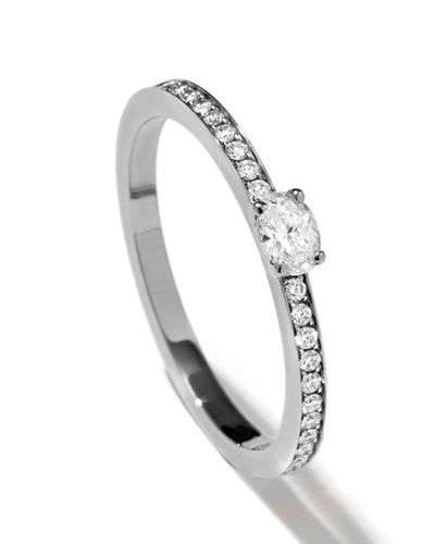 Harvest One-Row Oval-Cut Diamond Ring in 18K Gold