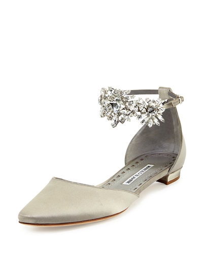 Sale Online Manolo Blahnik Lace Embellished Flats Buy Cheap With Credit Card Countdown Package Eastbay Online Cheap Best Sale 9fnzrQF1