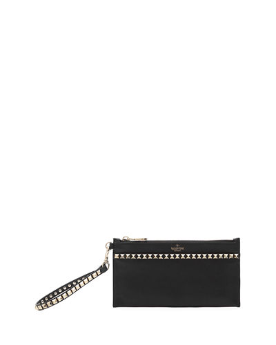 Rockstud No Limit Medium Flat Pouch Bag